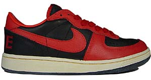 nike terminator low vintage [black/comet red-light bone] (334028-061) ナイキ ターミネーター ロー ビンテージ 「黒/赤」
