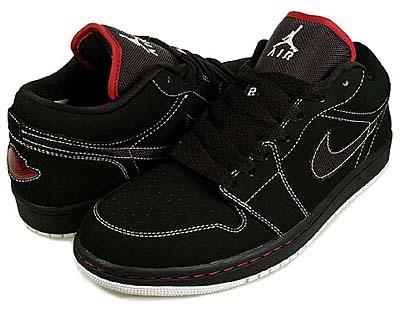 nike air jordan 1 phat low [black/white-v.red] (338145-011) ナイキ エアジョーダン1 ファット ロー 「黒/白ステッチ」