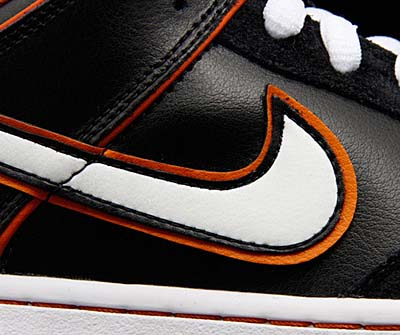 NIKE DUNK LOW PRO SB [BLACK/WHITE-ORANGE BLAZE] 写真1