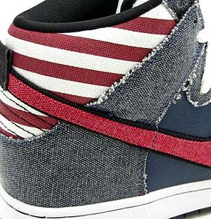 NIKE DUNK HI PREMIUM SB [Born In The USA] 写真1