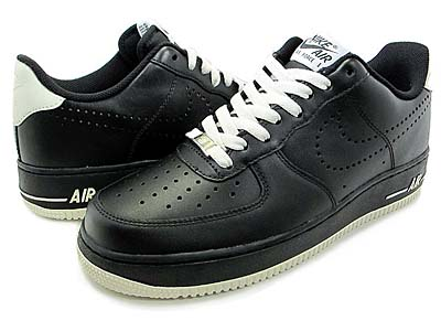 NIKE AIR FORCE 1 LOW 07 [BLACK/SAIL]