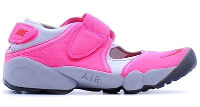 NIKE WMNS AIR RIFT [PINK FLASH/CHALLENGE RED-METALLIC PLATINUM]