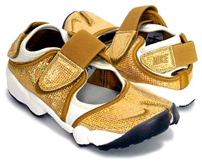 NIKE WMNS AIR RIFT [METALLIC GOLDSTAR/METALLIC GOLDSTAR-WHITE]