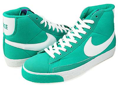 NIKE BLAZER SP [NEW GREEN/WHITE-VARSITY PURPLE]
