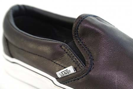 VANS VAULT CLASSIC SLIP-ON LX CALFSKIN [BLACK] 0EY21WP 写真1