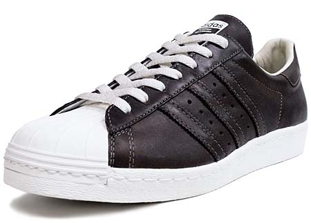 adidas Originals SUPER STAR 80s [MUSBROWN/MUSBROWN/WHITE] V23048