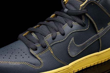 NIKE SB DUNK HIGH [ANTHRACITE/GOLDEN STRAW] 305050-007