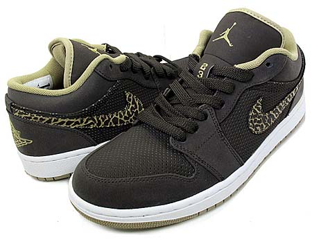 NIKE NIKE AIR JORDAN 1 PHAT LOW [VELVET BROWN / KHAKI / WHITE] 338145-202 画像