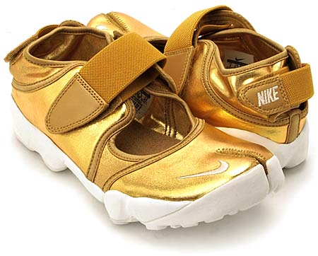 NIKE NIKE AIR RIFT [METALLIC GOLD] 454441-700 画像