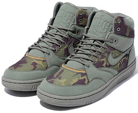 NIKE NIKE x STUSSY SKY FORCE 88 MID TZ [C.OLIVE/BROWN] 454452-300 画像