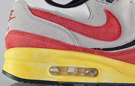NIKE AIR MAX LIGHT VNTG QS [WHITE/NEUTRAL GREY-SPORT RED] 482932-100