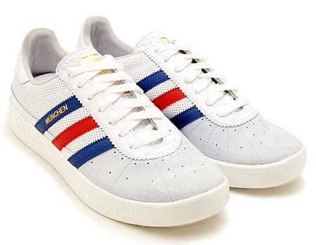 adidas MUNCHEN 1972 [WHITE/BLUE] V22772