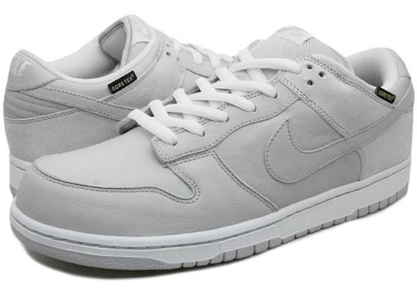 11b7b920 NIKE DUNK LOW PREMIUM WP MEDICOM TOY [NETURAL GREY] 321721-001 画像