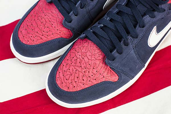 NIKE AIR JORDAN 1 RETRO HI [ELECTION DAY 2012] 332550-401