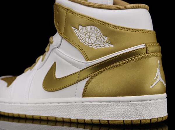 NIKE AIR JORDAN 1 PHAT GOLDEN MOMENTS [WHITE/METALLIC GOLD] 364770-130