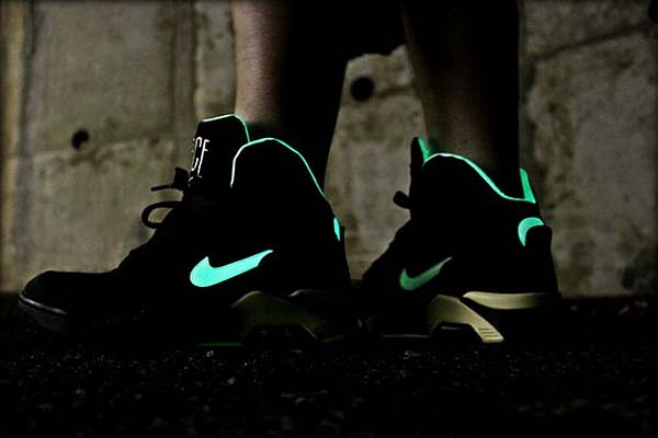 NIKE AIR FORCE 180 MID [GLOW IN THE DARK] 537330-001