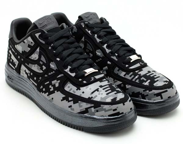 NIKE LUNAR FORCE 1 DIGI NRG [BLACK/REFLECT SILVER-DARK GREY] 577659-001