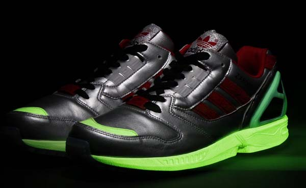adidas Originals for atmos ZX8000 Glow In the Dark [METALLIC SILVER/UNIVERSITY RED/BLACK] M17283 写真1