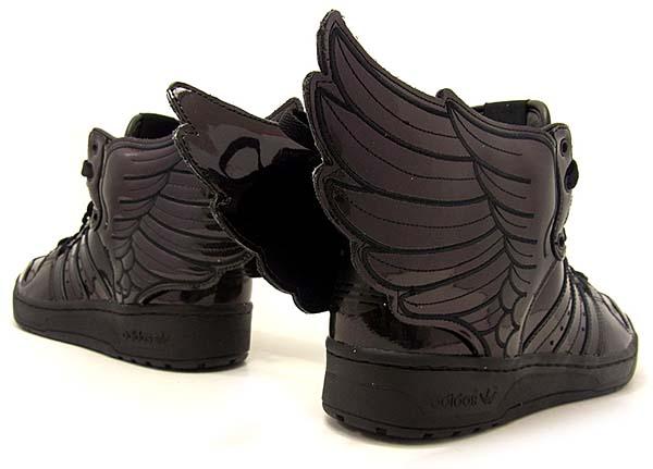 adidas Originals x Jeremy Scott JS WINGS 2.0 [BLACK/RUNING WHITE] Q23668 写真1