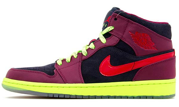 NIKE AIR JORDAN 1 MID YOTS YEAR OF THE SNAKE [BLCKND BL/HYPR RD-RSPBRRY RD-V] 621288-466