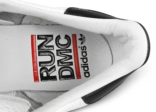 adidas SUPERSTAR 80s Run DMC [WHITE / BLACK] M17513