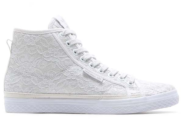 adidas Originals for atmos HONEY MID LACE W [RUNNING WHITE/RUNNING WHITE/RUNNING WHITE] M18710 写真1