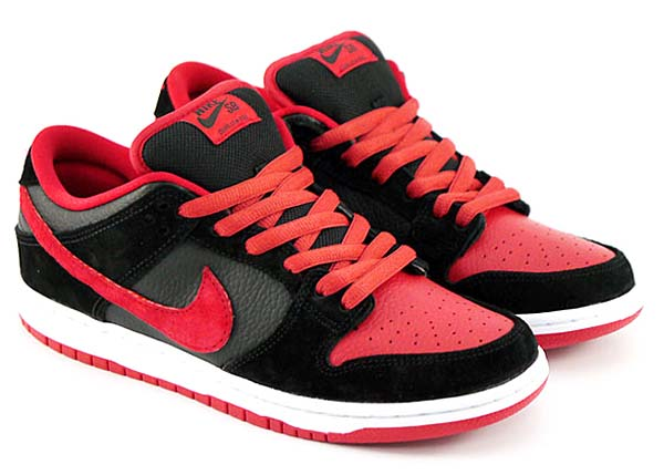 NIKE DUNK LOW PRO SB J PACK [BRED BLACK/UNIVERSITY RED] 304292-039