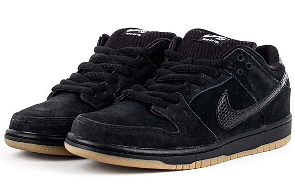 NIKE DUNK LOW PRO SB [BLACK / BLACK-GUM MED BROWN] 304292-045