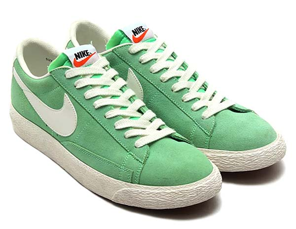NIKE BLAZER LOW PRM VNTG [LIGHT LUCIDO GREEN/SAIL-GUMMED BROWN] 443903-301