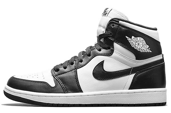 NIKE AIR JORDAN 1 RETRO HIGH OG [BLACK/WHITE] 555088-010