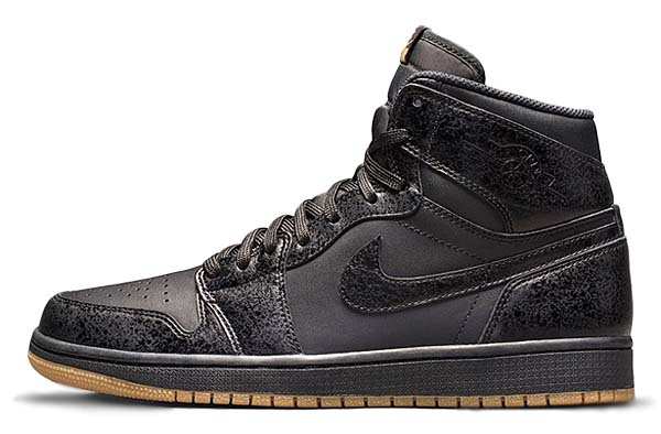 NIKE AIR JORDAN 1 RETRO HIGH OG [BLACK / BLACK-GUM LIGHT BROWN] 555088-020