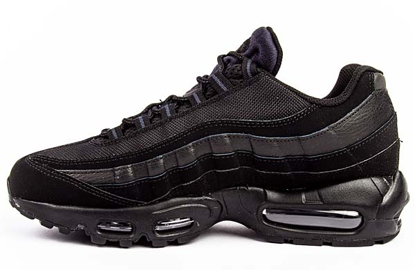 NIKE AIR MAX 95 Triple Black [BLACK / BLACK - ANTHRACITE] 609048-092