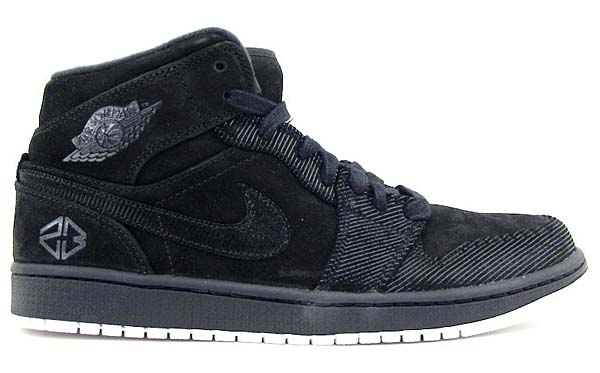 NIKE AIR JORDAN 1 MID [BLACK/SUMMIT WHITE] 630767-045