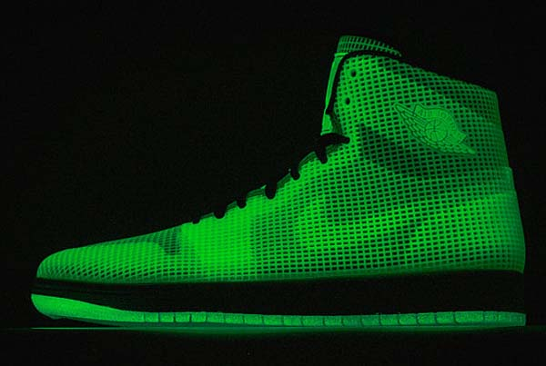NIKE AIR JORDAN 4LAB1 GLOW [GLOW / REFLECTIVE SILVER-BLACK] 677690-355
