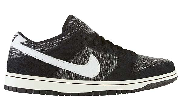NIKE DUNK LOW SB WARMTH [BLACK / IVORY-BLACK-HYPER GRAPE] 685174-005