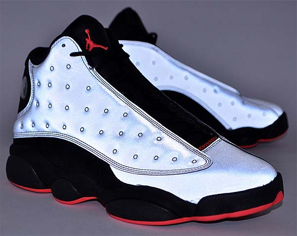 NIKE AIR JORDAN 13 RETRO PRM [REFLECT SILVER / INFRARED 23-BLACK] 696298-023