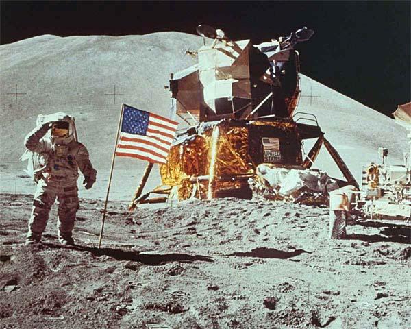 NIKE AIR MAX LUNAR90 SP Moon Landing [REFLECTIVE SILVER / REFLECTIVE SILVER-METALLIC GOLD] 700098-007