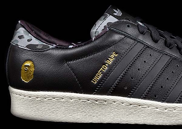 A BATHING APE x UNDEFEATED x adidas SUPERSTAR 80V [CBLACK / CWHITE] B34291