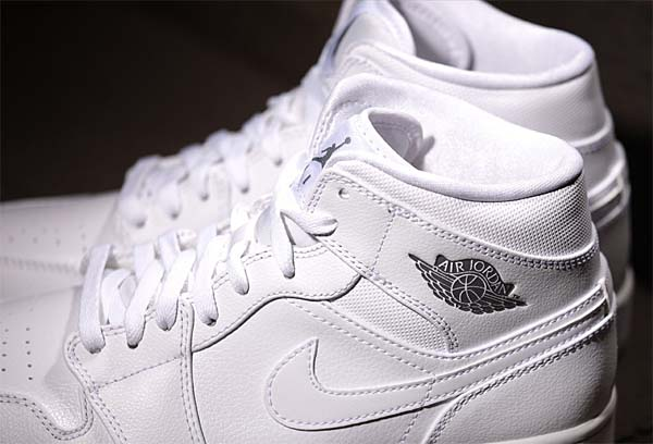 NIKE AIR JORDAN 1 MID [White / CoolGrey-White] 554724-102