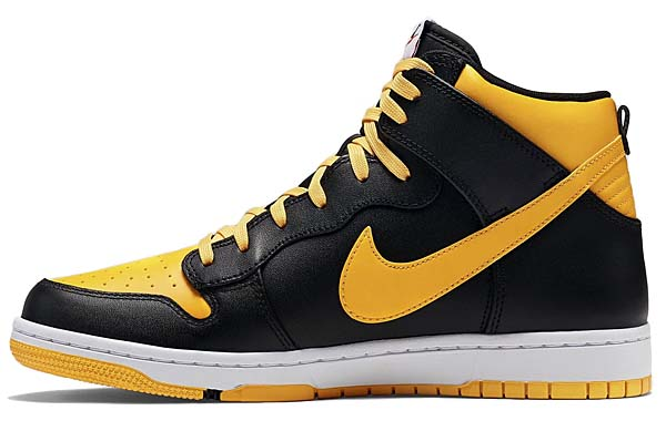 NIKE DUNK CMFT [UNIVERSITY GOLD / BLACK-WHITE] 705434-700