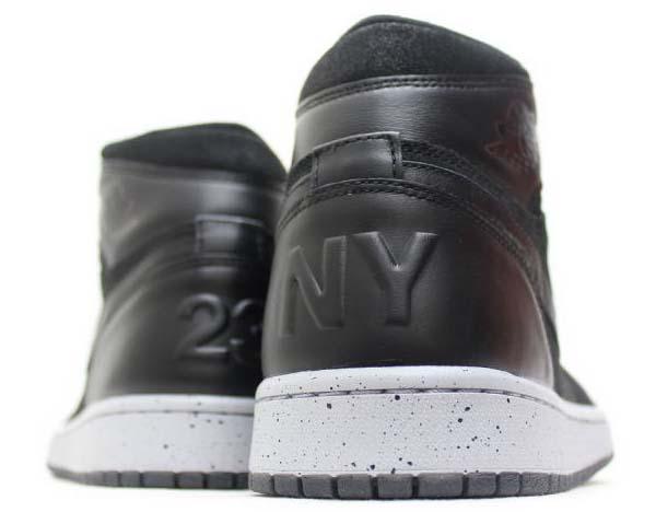 NIKE AIR JORDAN 1 RETRO HIGH NYC [BLACK / GYM RED-WOLF GREY] 715060-002