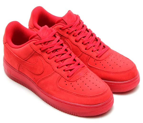 NIKE AIR FORCE 1 07 LV8 [SOLAR RED/SOLAR RED] 718152-601