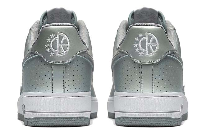 NIKE AIR FORCE 1 07 LV8 [METALLIC SILVER / WHITE] 718152-013