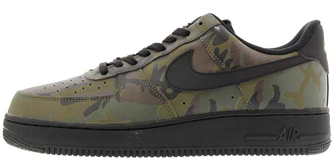 NIKE AIR FORCE 1 07 LV8 [MEDIUM OLIVE / BLACK] 718152-203