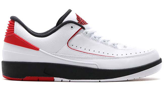 NIKE AIR JORDAN 2 RETRO LOW [WHITE / VARSITY RED-BLACK] 832819-101