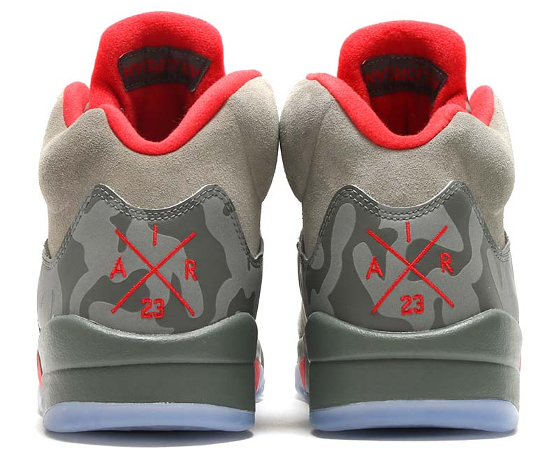 NIKE AIR JORDAN 5 RETRO [DARK STUCCO / UNIVERSITY RED-RIVER ROCK] 136027-051