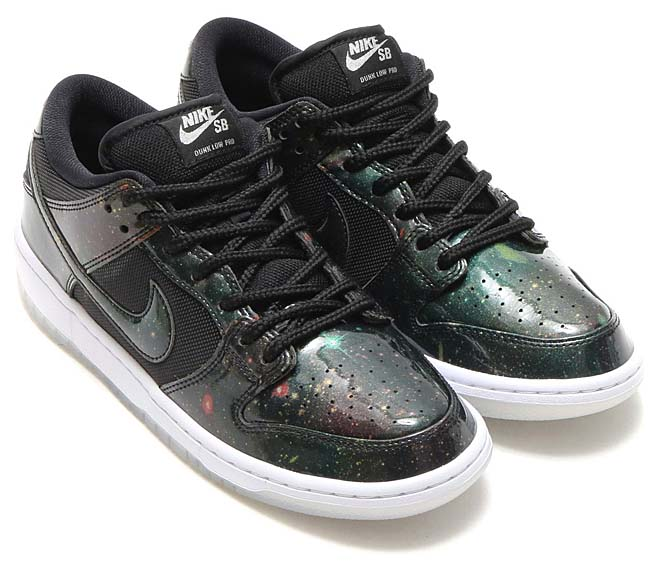 "NIKE SB DUNK LOW TRD QS ""Galaxy"" [BLACK / BLACK-WHITE-METALLIC COOL GREY] 883232-001"