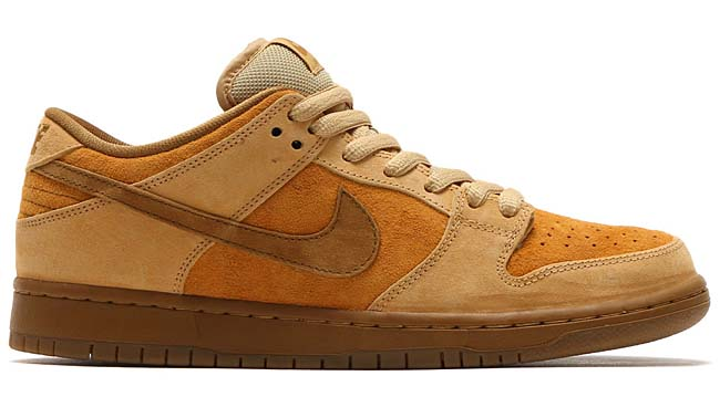 "NIKE SB DUNK LOW TRD QS ""REESE FORBES""[DUNE / TWIG-WHEAT-GUM MED BROWN] 883232-700"
