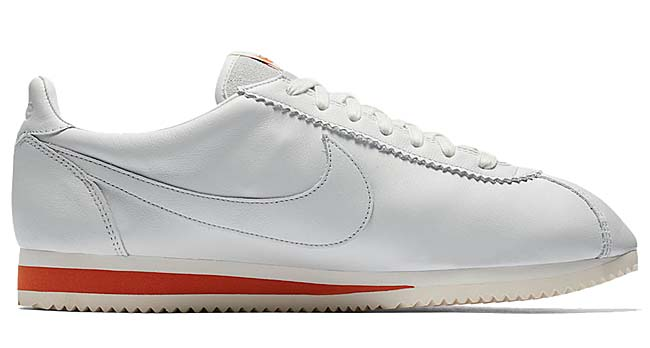 "NIKE CLASSIC CORTEZ KM QS ""TRACK SPIKE"" KENNY MOORE [OFF WHITE / OFF WHITE-SAIL-TERRA ORANGE] 943088-100"