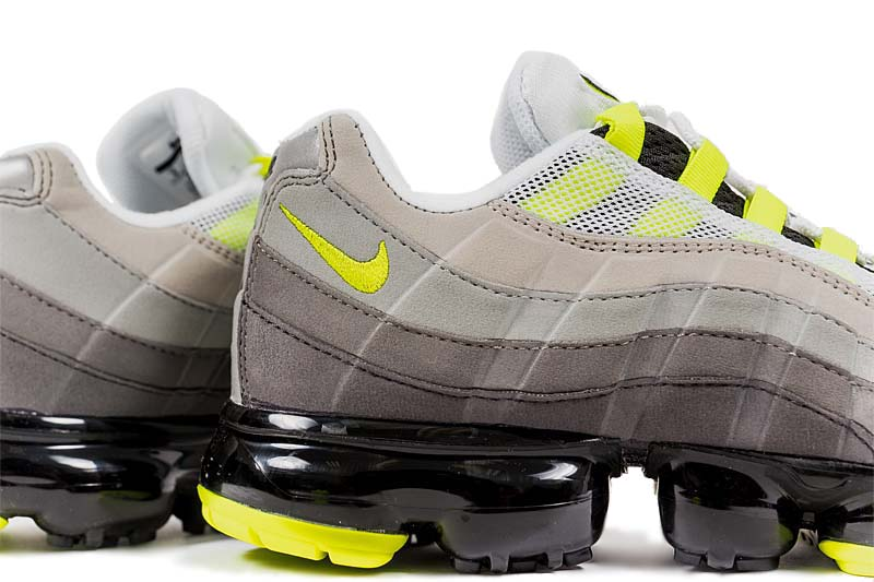 NIKE AIR VAPORMAX 95 [BLACK / VOLT / MEDIUM ASH / DARK PEWTER / DUST / GRANITE] AJ7292-001 ナイキ エア ヴェイパーマックス 95 「イエローグラデ」